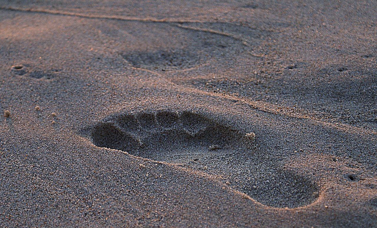 stopy piasek odbicie
